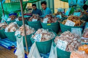 ปลาแห้ง ปลาเค็ม สินค้าขึ้นชื่อที่ท่าเตียน 1
